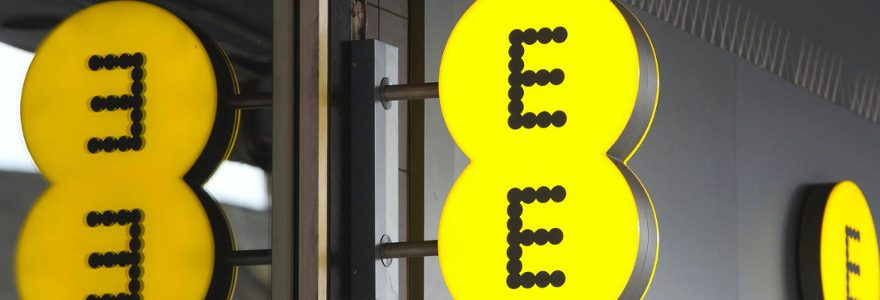 EE customers outraged over network outage 1