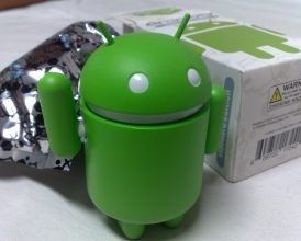 Google gets tough with Android makers again